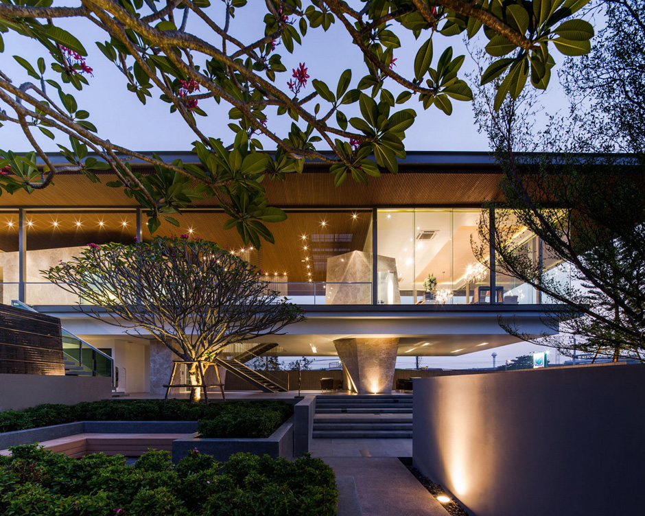 Cantilevered Bangkok Clubhouse