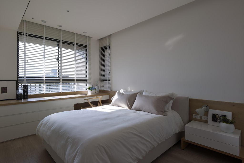 White Bedroom Scheme - Some stunningly beautiful examples of modern asian minimalistic decor