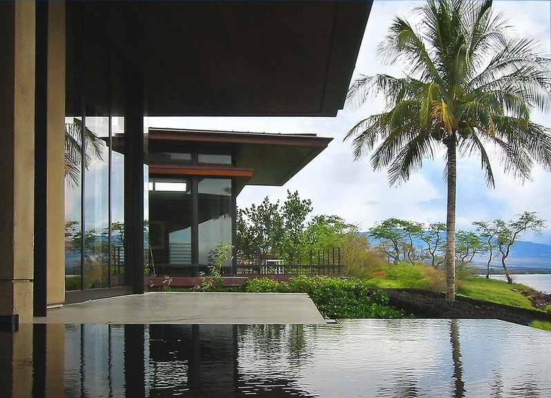 Contemporary Home - Beautiful balinese style house in hawaii
