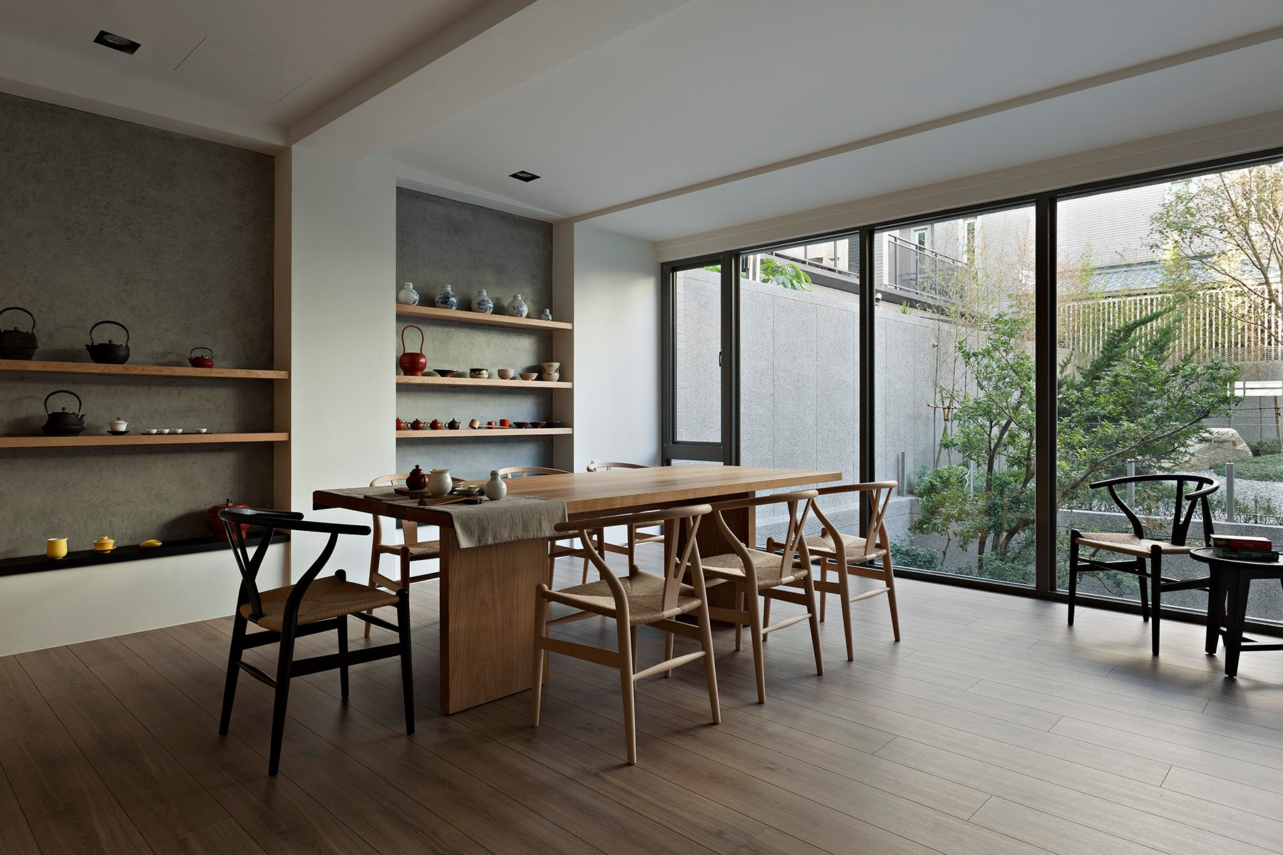 Some stunningly beautiful examples of modern asian for Simple dining room design