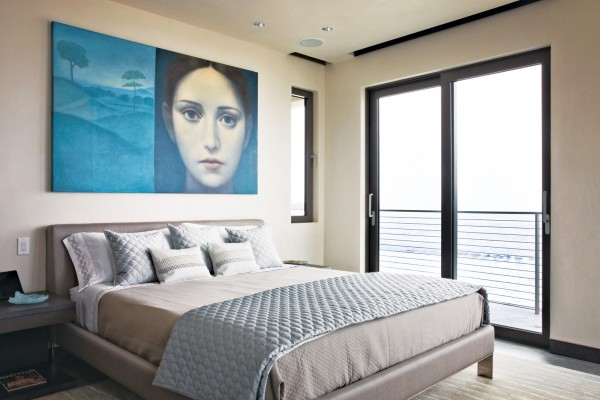 Serene bedroom decor
