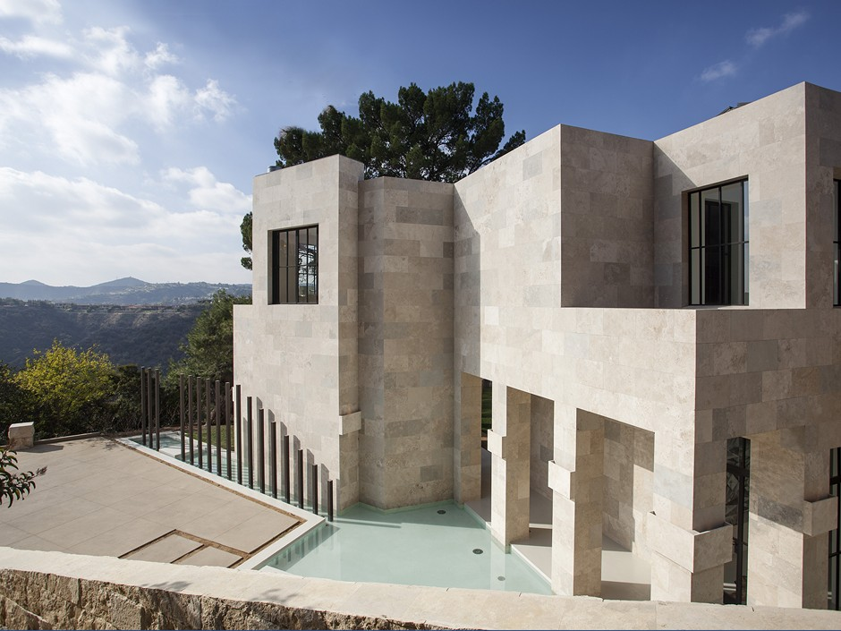 2251Sunset Boulevard - Bel Air - صفحة 3 1-Travertine-stone-exterior