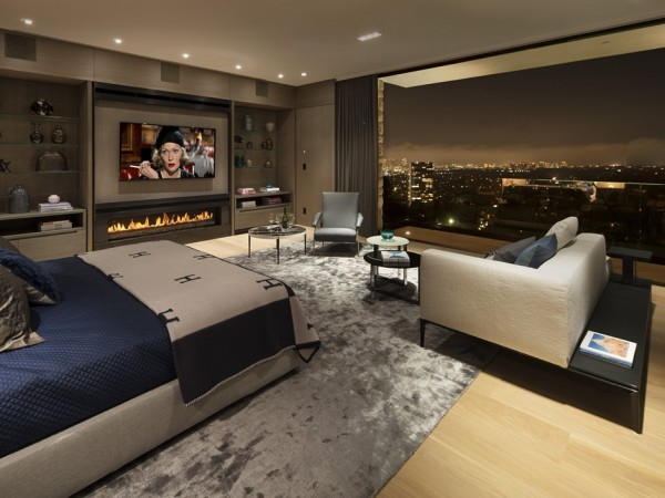 All of the stunning bedrooms in the home feature walk-in closets and en suite bathrooms, and amazing views to boot.