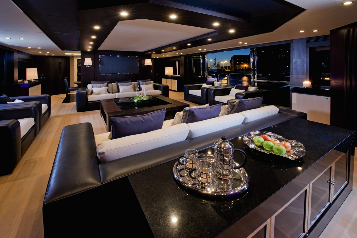 Luxury yacht interior interior design ideas for Boat interior design ideas home