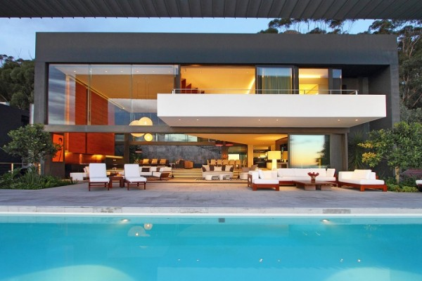 14 house with pool