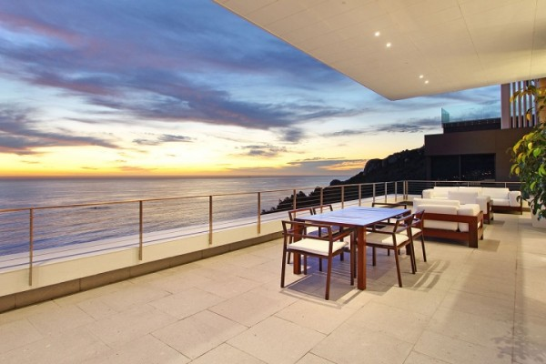 20 sea view deck