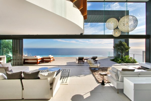 32 sea view living room