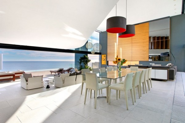 33 super luxury dining sea view