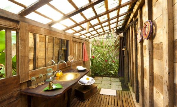 In several of the properties, indoor/outdoor showers allow you to commune with nature. Natural features like bambu, smoothed river stones, and century old teak are worked in elegantly. Abundant greenery surrounds the homes - it's truly a sight to behold.
