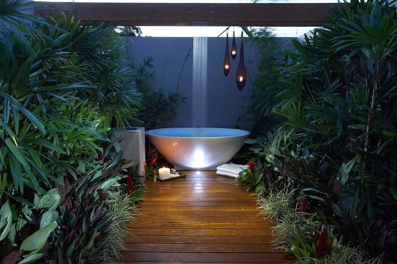 Garden bathroom ideas