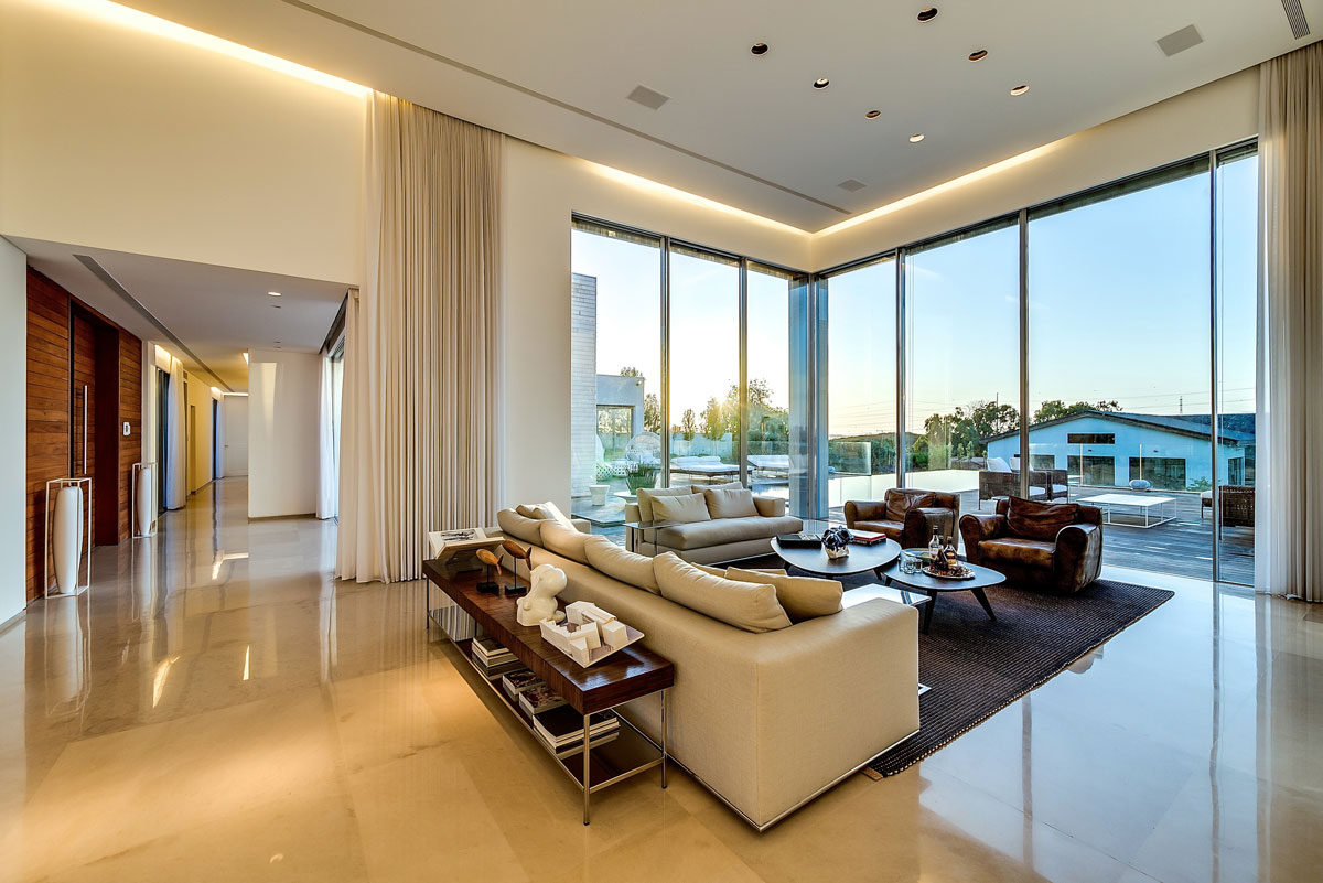 modern luxury villas designed by gal marom architects - Inside Modern Luxury Homes