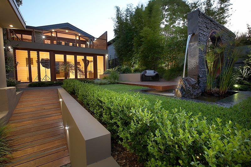 modern landscape design ideas from rolling stone landscapes - Home Landscape Design