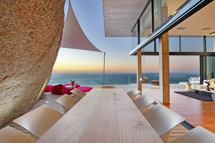 Large Outdoor Dining Table - Breathtaking villa incorporating boulders in its design