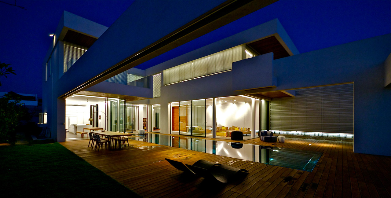 modern luxury villas designed by gal marom architects. beautiful ideas. Home Design Ideas