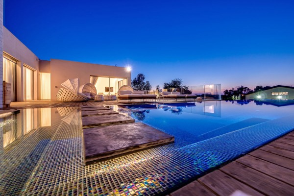 large villa pool