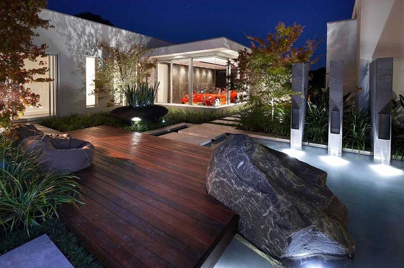 Rock pool garden feature interior design ideas for Eclairage exterieure