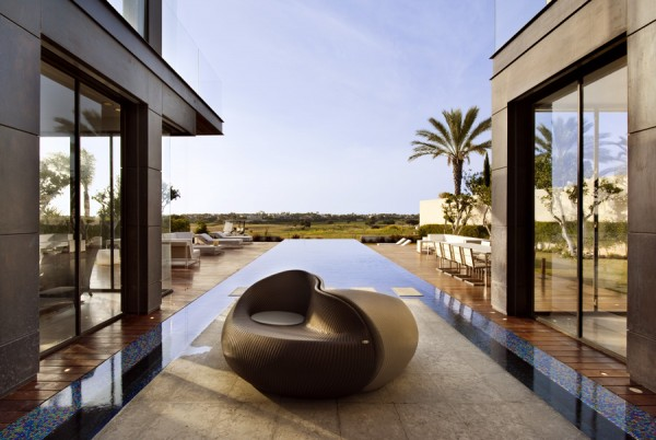 stylish pool side seats