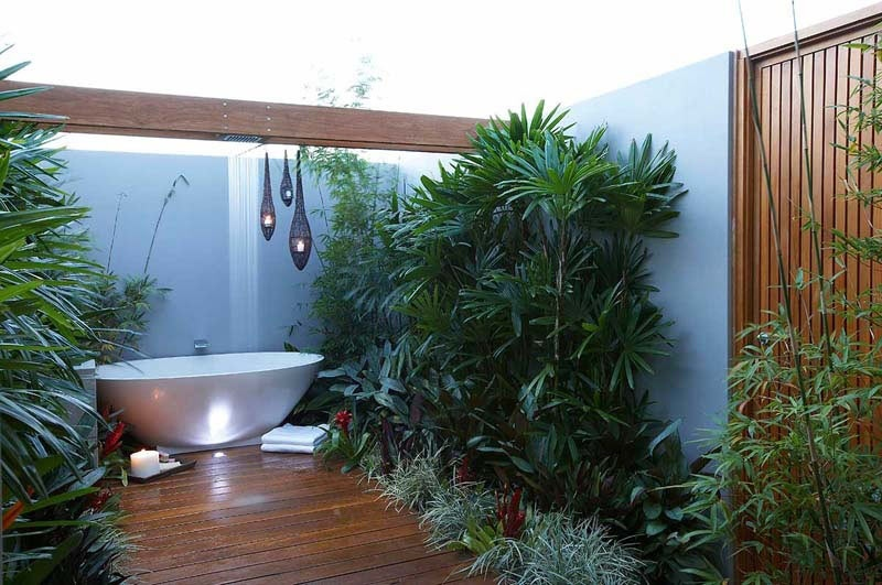 Tropical garden bathroom interior design ideas for Garden design ideas nsw