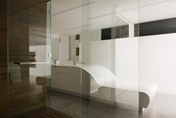 Teresa Sapey Loft Bathroom