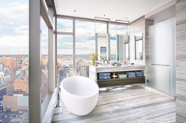 It is literally the height of luxury to soak in a private tub 40 stories over Manhattan.