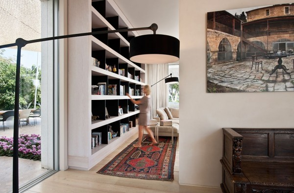 Large lamps offer much needed illumination in the reading area, but their oversized design is almost whimsical.