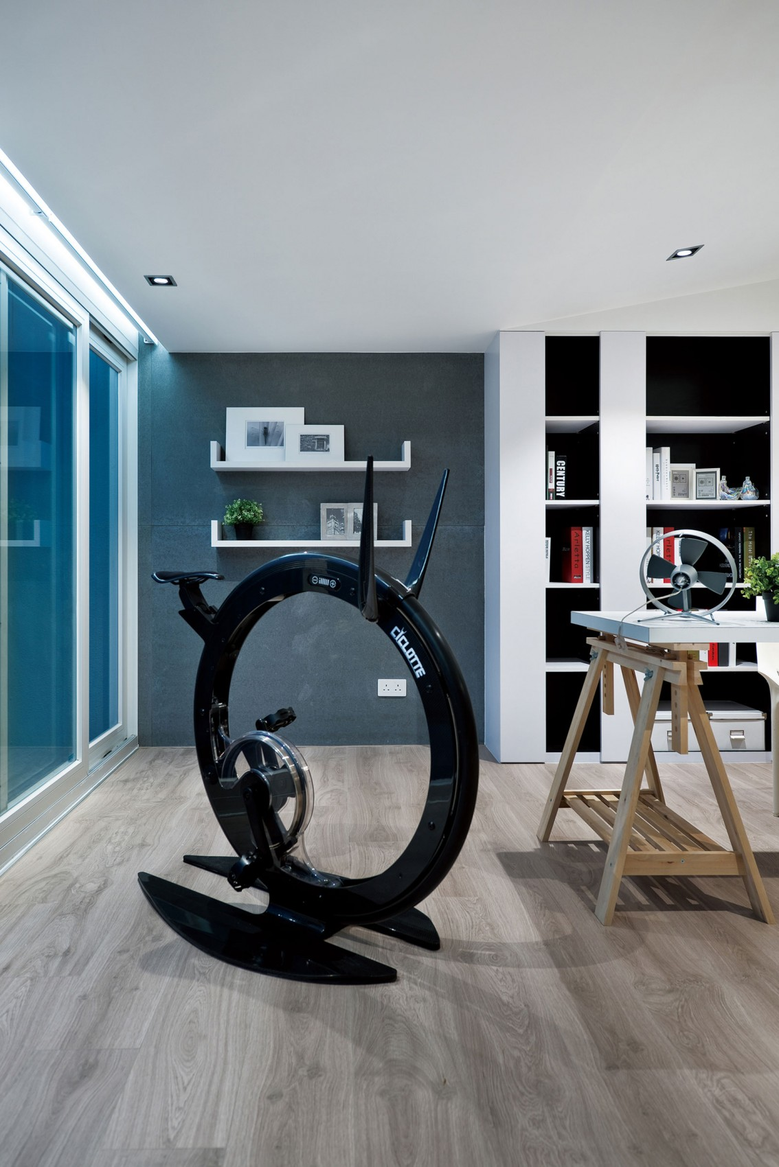 Ciclotte Bicycle - Modern remodel in hong kong with a ferrari as focus