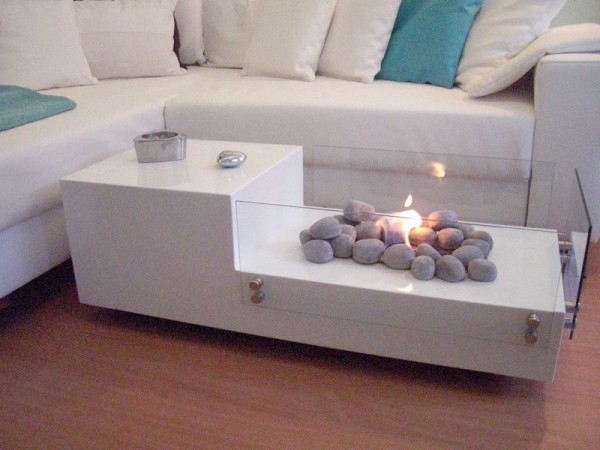 Not every home is equipped with a fireplace, but you can still enjoy the luxury of a roaring fire with this unique coffee table.