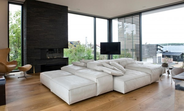 This cozy, sectional sofa is an inviting centerpiece in this space.
