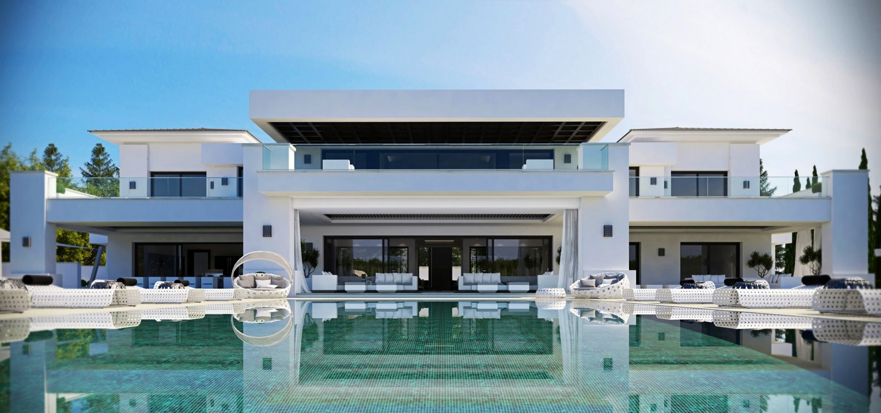 Luxurious 9 bedroom spanish home with indoor outdoor pools for Villa de luxe contemporaine