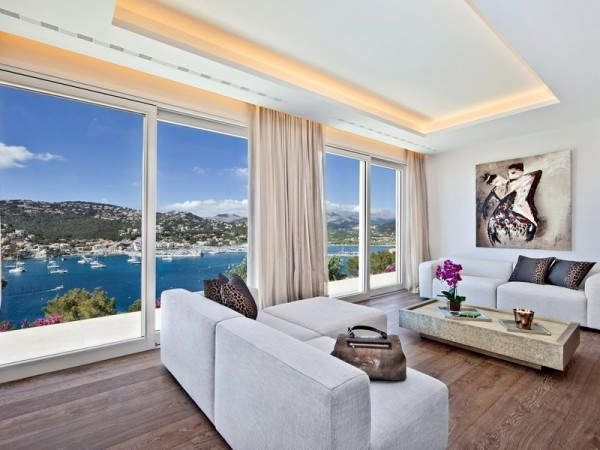 The master bedroom has a spacious seating area for maximum privacy while enjoying the sweeping ocean views.