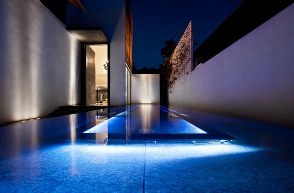 sleek-pool-design