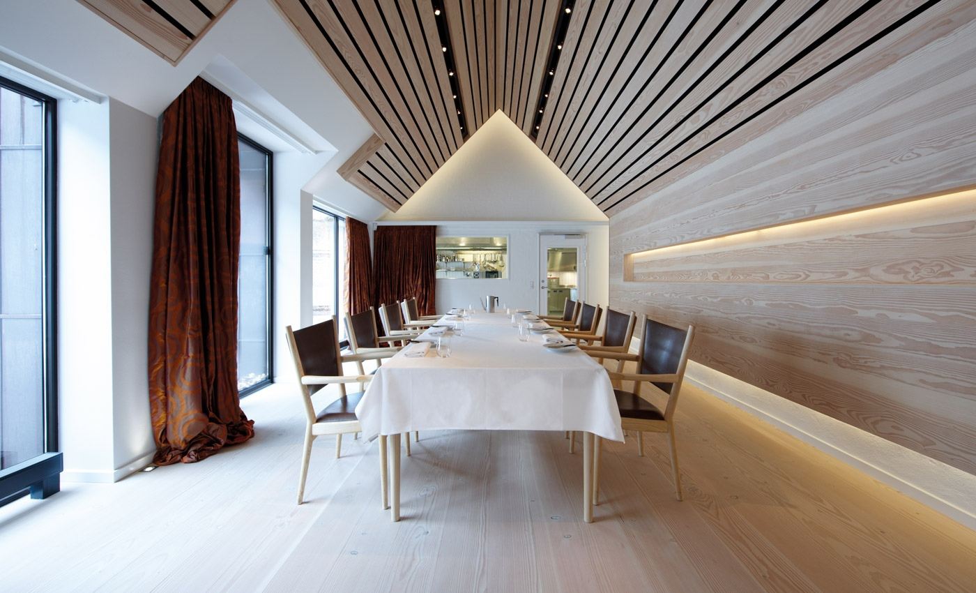 Wood slat ceiling interior design ideas for Ceiling interior designs