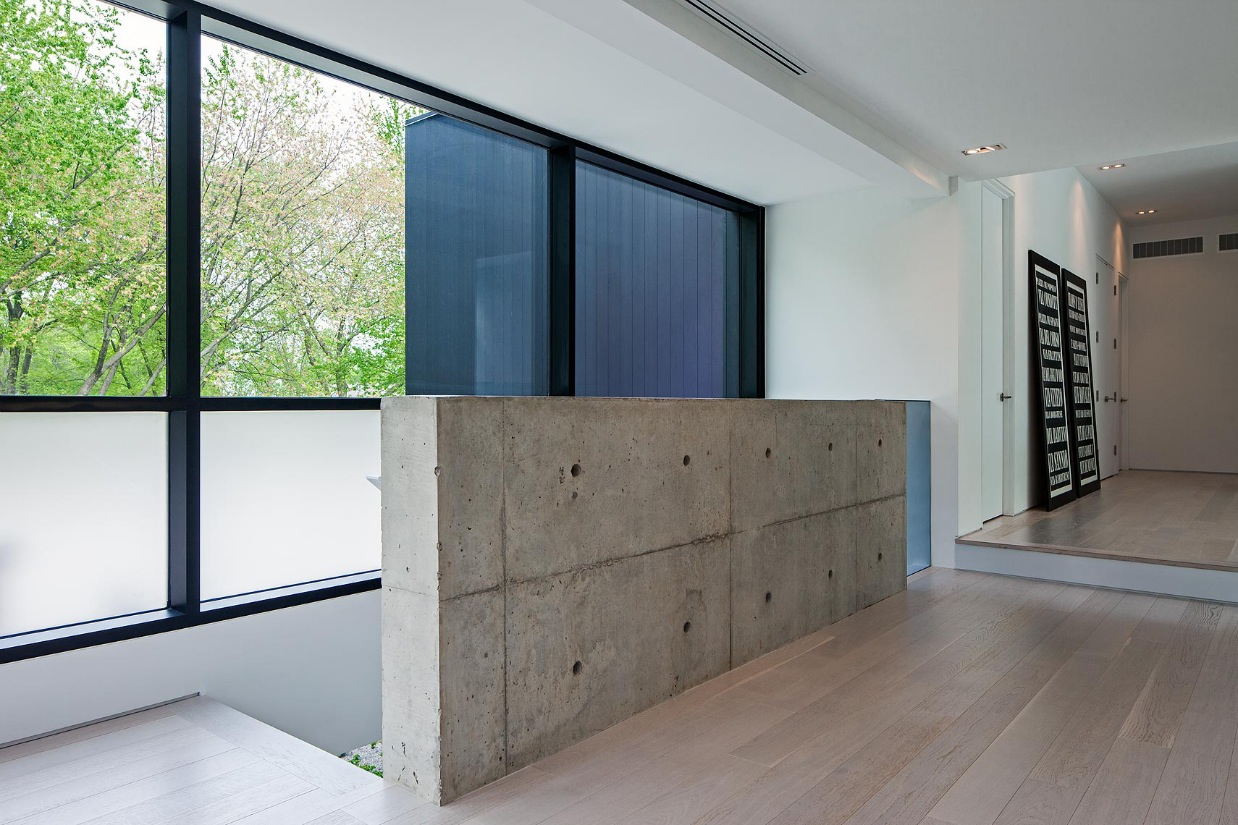Concrete And Wood - Ultra sleek private home with incredible architecture