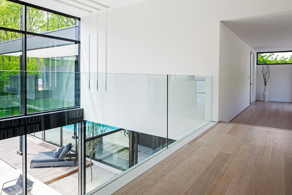 Glass railing interior design ideas for Interior glass railing designs
