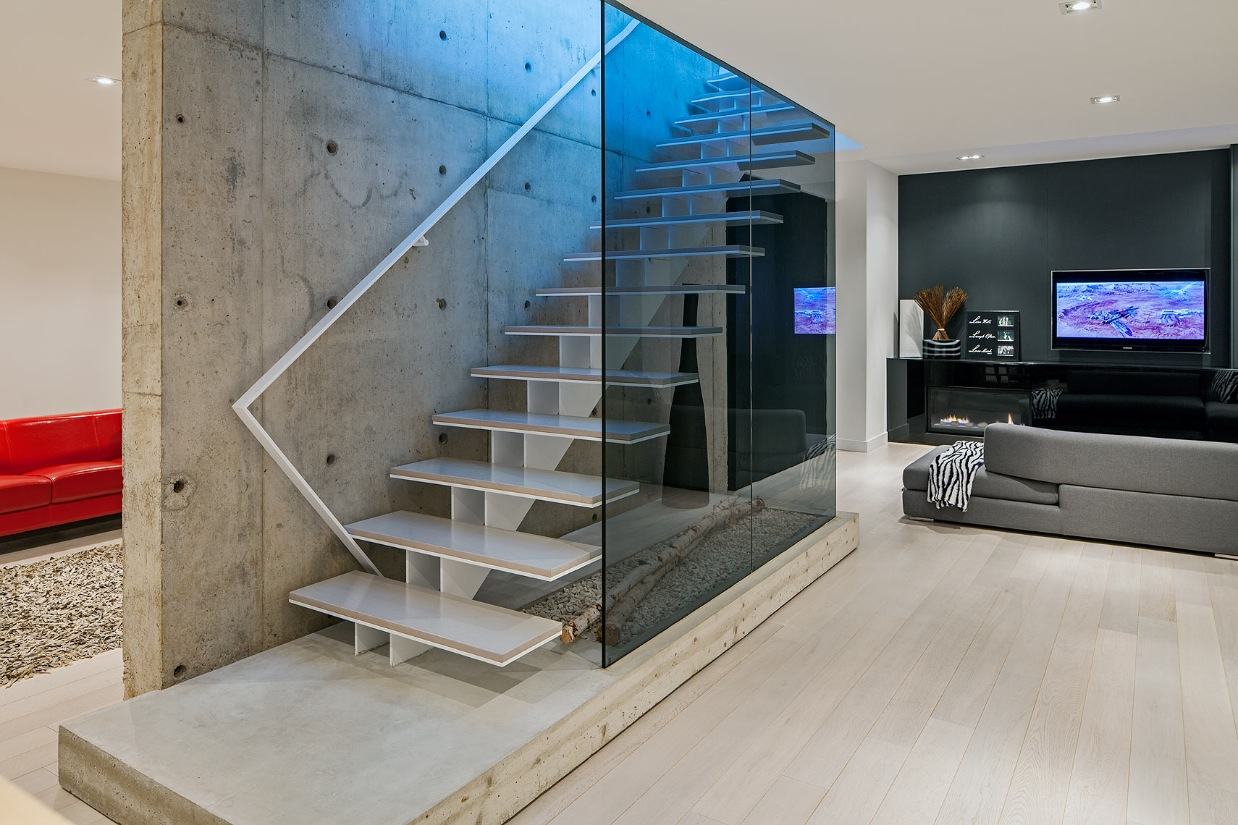 Modern Comfort - Ultra sleek private home with incredible architecture