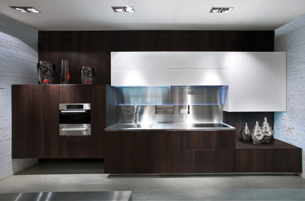 Gorgeously minimal kitchens with perfect organization for Kitchen in modern house