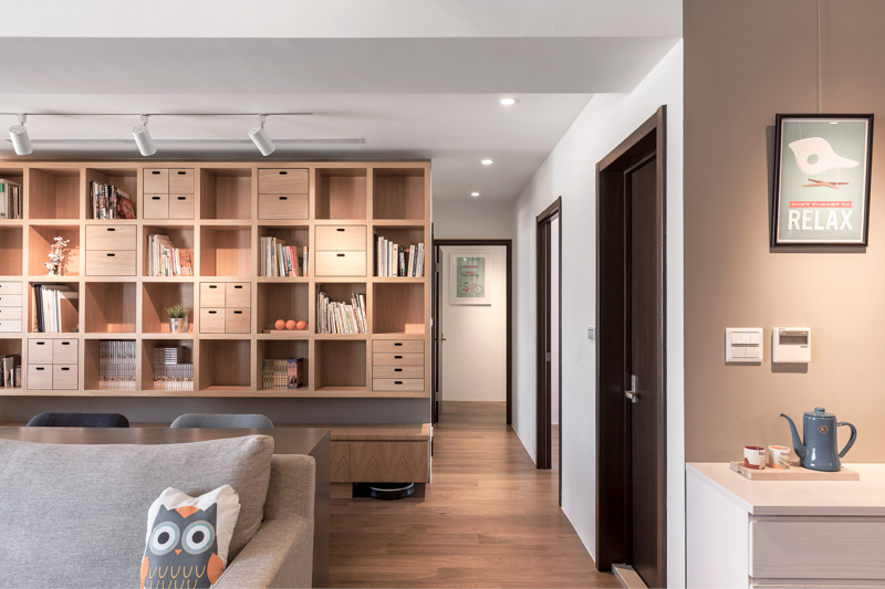 Modern living rooms a modern apartment celebrates the look of natural wood