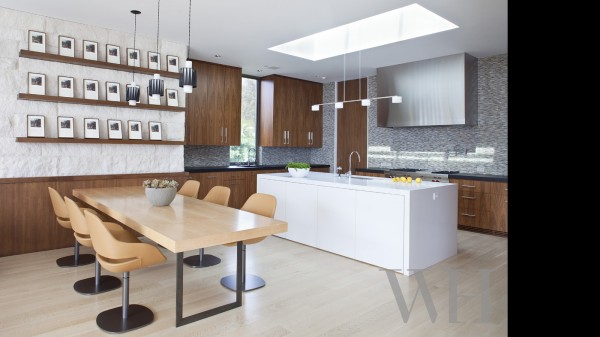 A simple but complete gourmet kitchen has space enough for a large group of breakfast lovers.