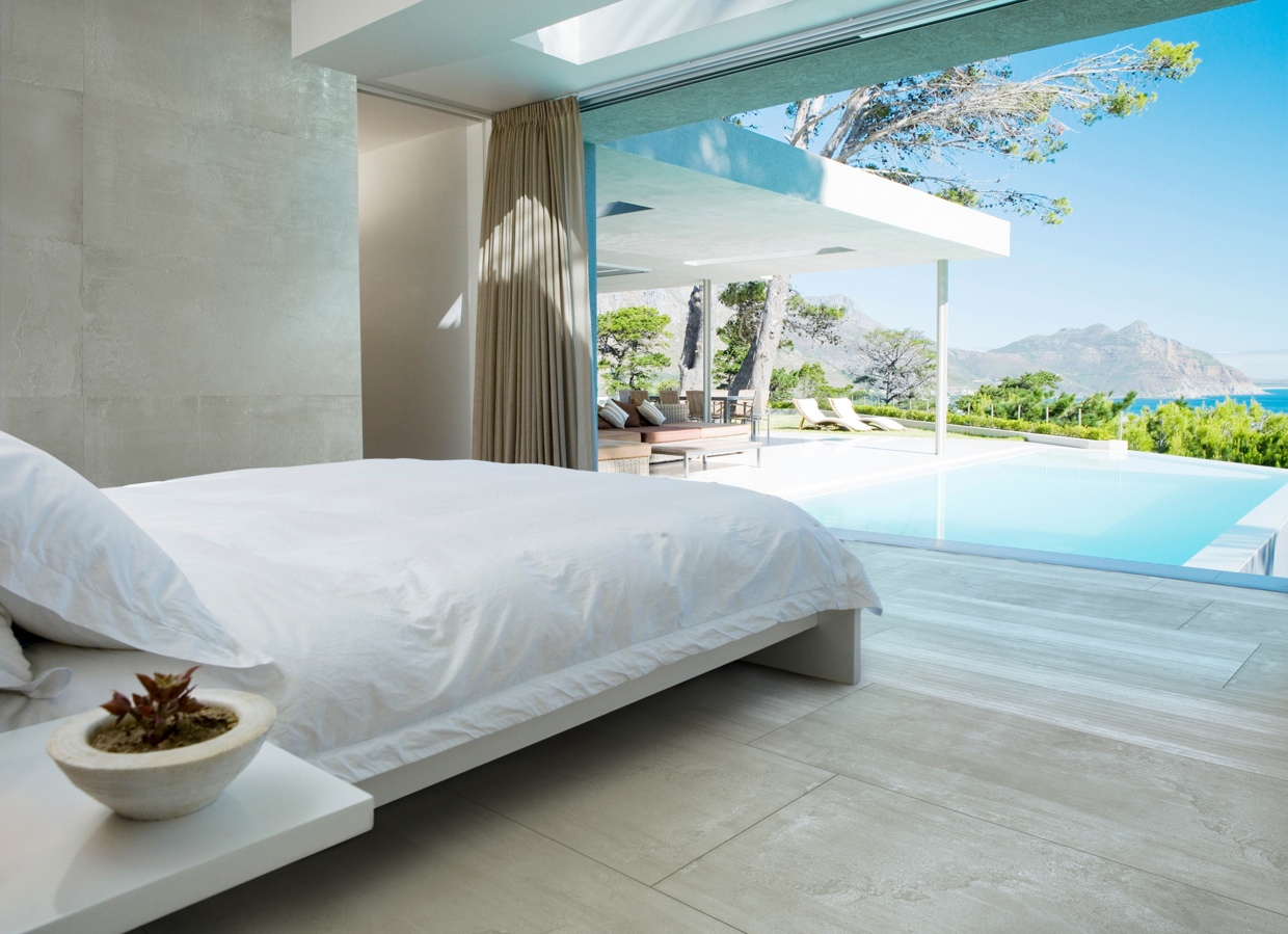 Sleek bedrooms with cool clean lines - Beautiful bedroom images ...