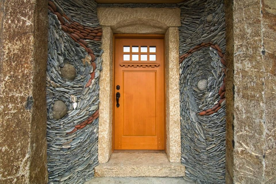 Foyer Stone Design : Breathtaking stone mosaics turn nature into art