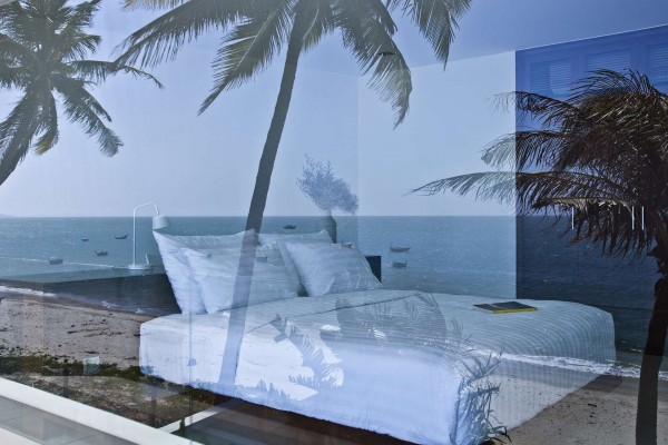 beach-villa-bedroom-design