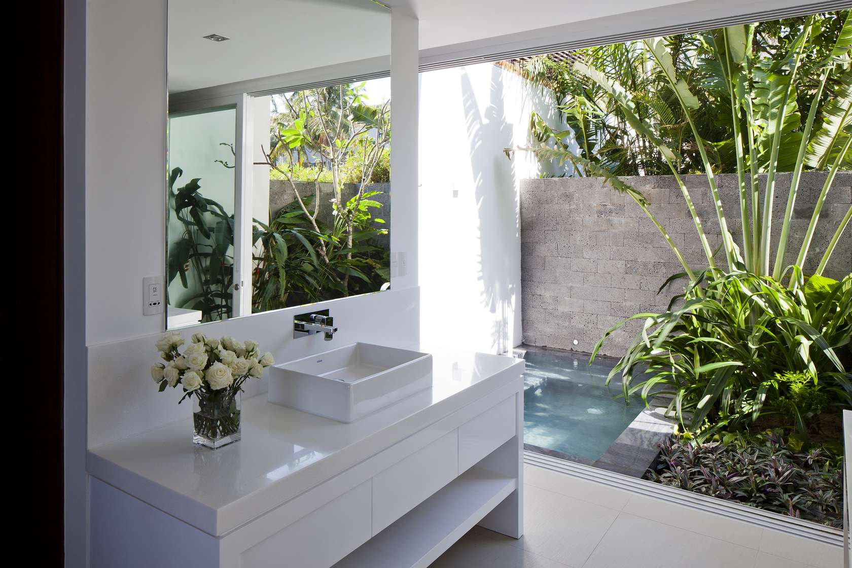 open-air-bathroom | interior design ideas.