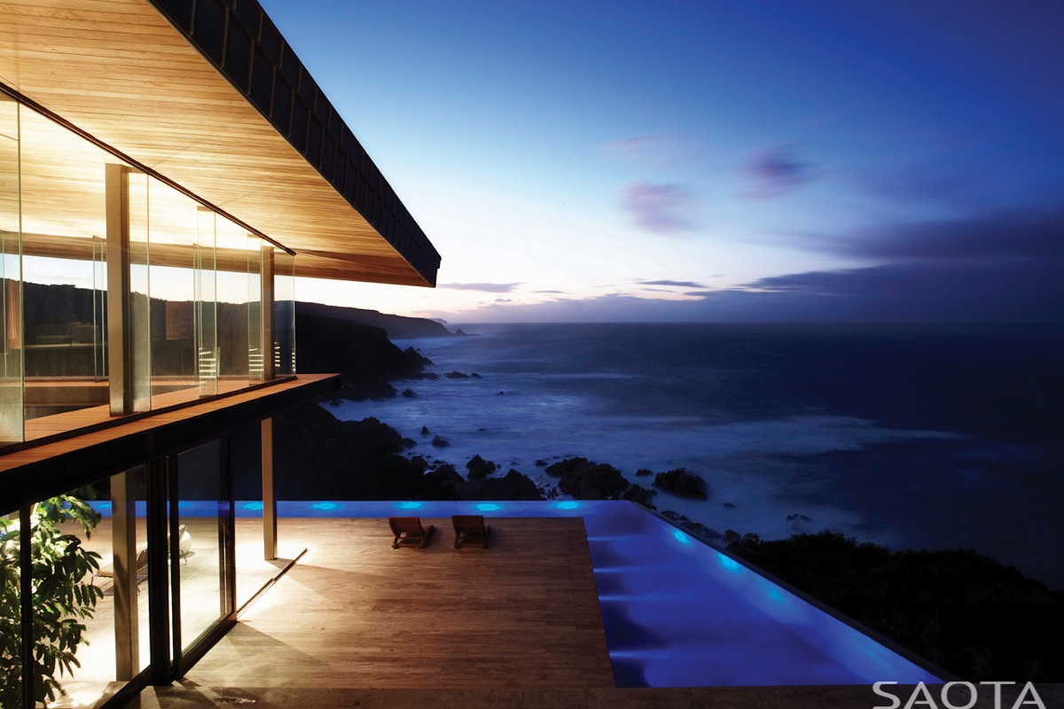 Gorgeous family home in south africa features majestic for Best pool design 2014