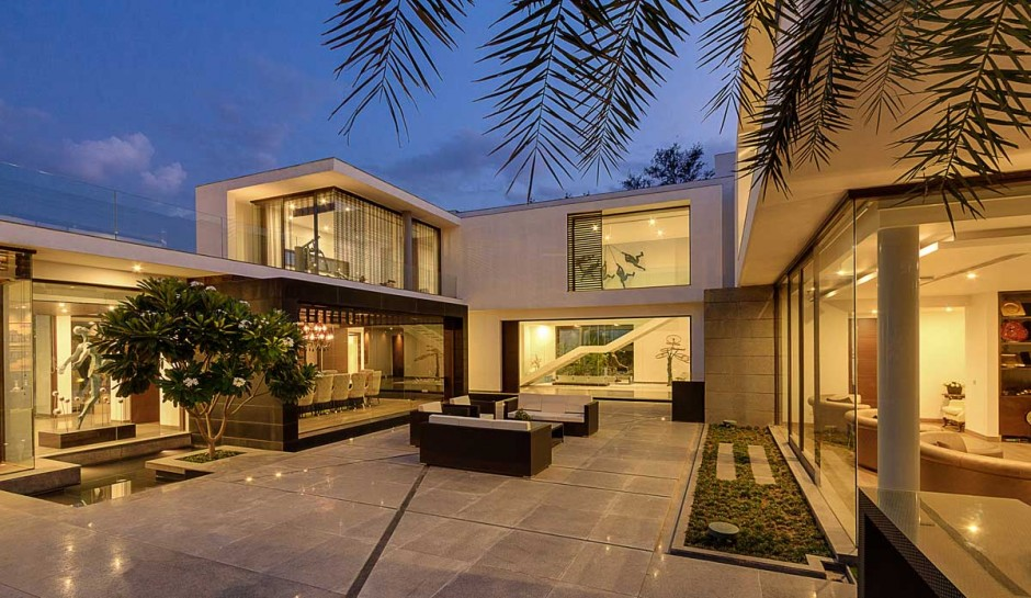 contemporary new delhi villa with amazing courtyard and water features. beautiful ideas. Home Design Ideas
