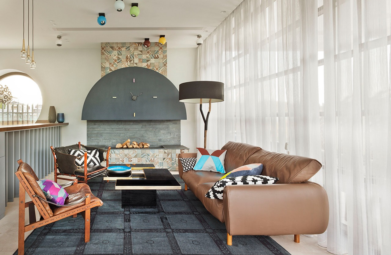 Bright Colourful Modern Design - An eclectic moscow home showcases color and creative style