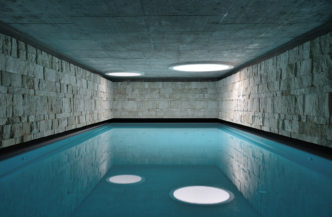 Indoor swimming pool interior design ideas - Inside swimming pool ...