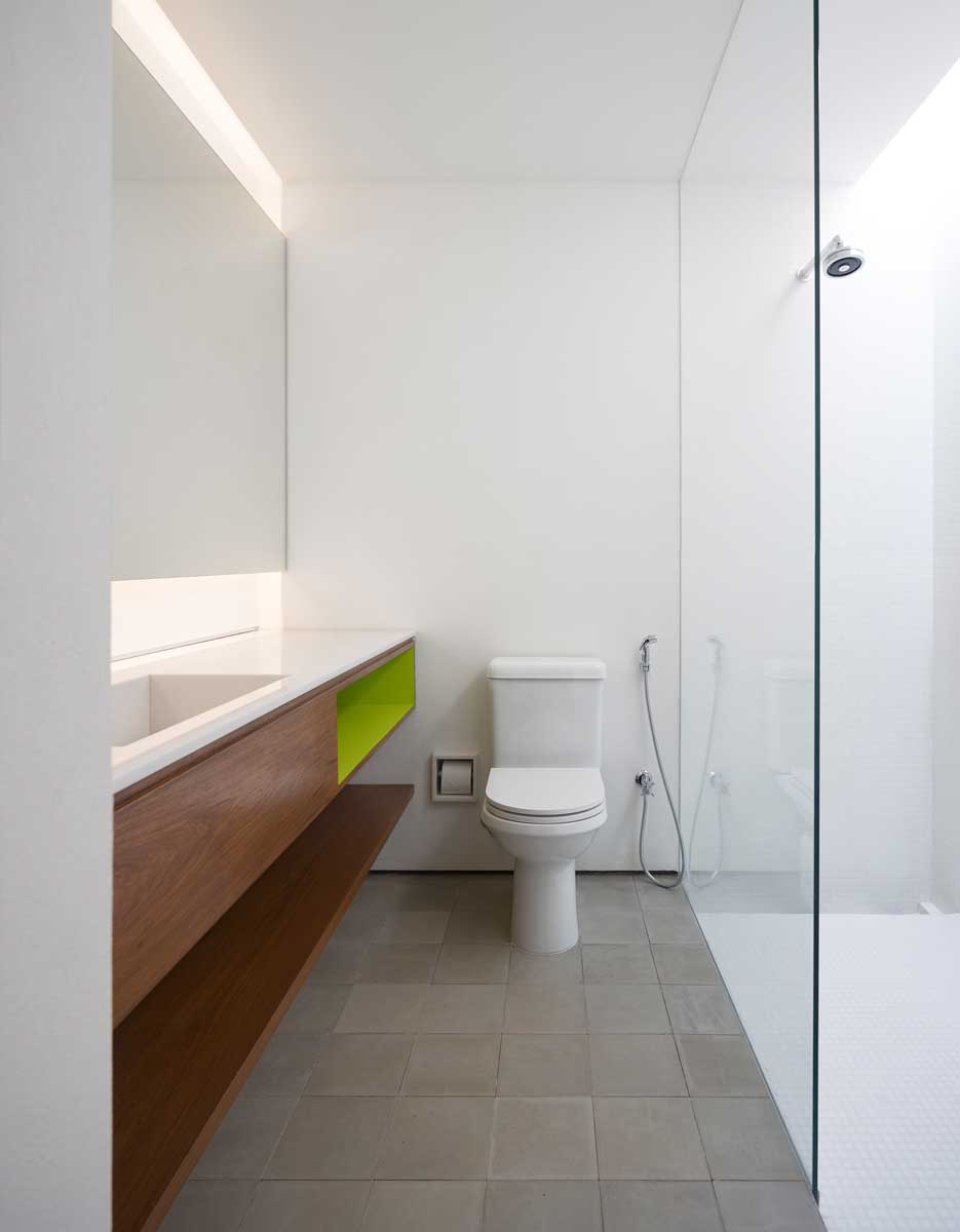 Casa redux a stunning architectural tribute to stark for Bathroom design details