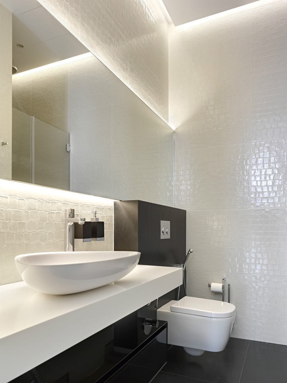 Reptile Tiled - Invisible doors turn a home into an artistic feat of design