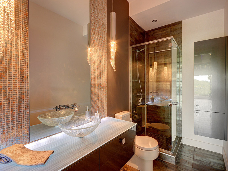 Clear Glass Bathroom Basin - Luxury mountain retreat is not your average log cabin