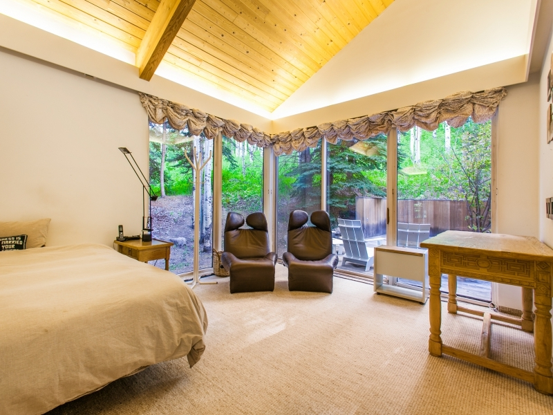 Personal Massage Chairs - Gorgeous colorado cabin secluded among the trees